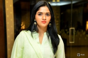 Sunaina Latest Photos