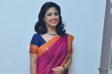 Supriya-Aysola-Interview-About-Babu-Baga-Busy-Movie