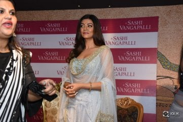 Sushmitha-Sen-Launches-Designer-Shashi-Vangapalli-Boutique-At-Banjara-Hills