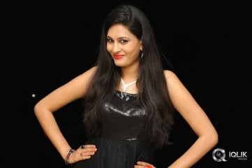 Swetha Jadhav at Inka Emi Anukoledu Audio Launch