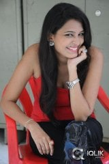 Swetha Jadhav at Inka Emi Anukoledu Movie Press Meet