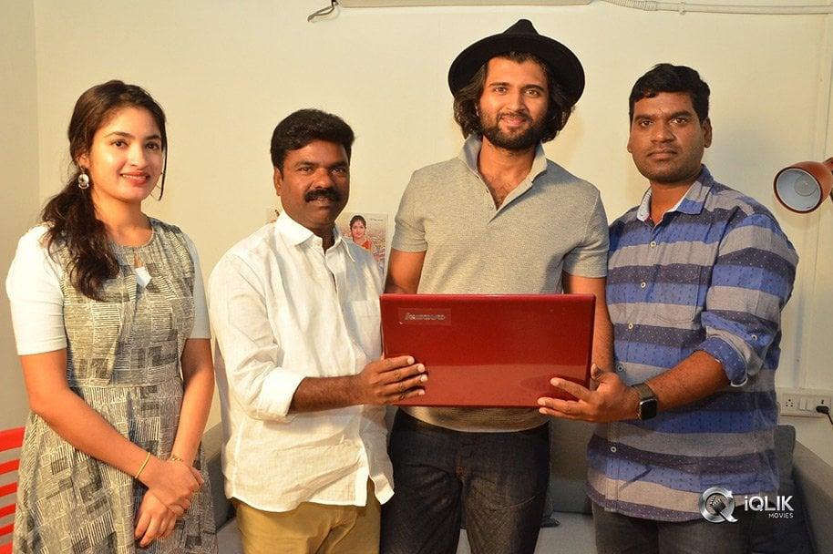 Vijay-Devarakonda-Launched-Bithiri-Sathi-Tupaki-Ramudu-Teaser