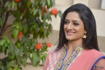 Vimala-Raman-At-Om-Namo-Venkatesaya-Movie-Press-Meet