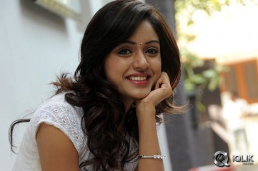 Vithika-Sheru-at-Prema-Ishq-Kaadhal-Press-Meet
