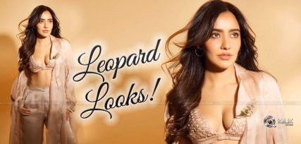 Neha-Sharma-Hot-Wild-Looks-Pic-Talk