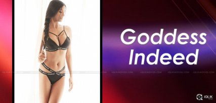 poonam-pandey-sexy-picture
