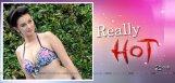 actress-evelyn-sharma-hot-photo-shoot-details