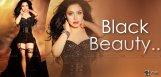 nandini-black-dress-photo-shoot-details