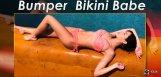 nora-fatehi-hot-bikini-picture-
