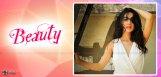 actress-parul-gulati-latest-hot-photo-shoot