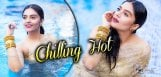 sree-mukhi-swimming-pic-talk